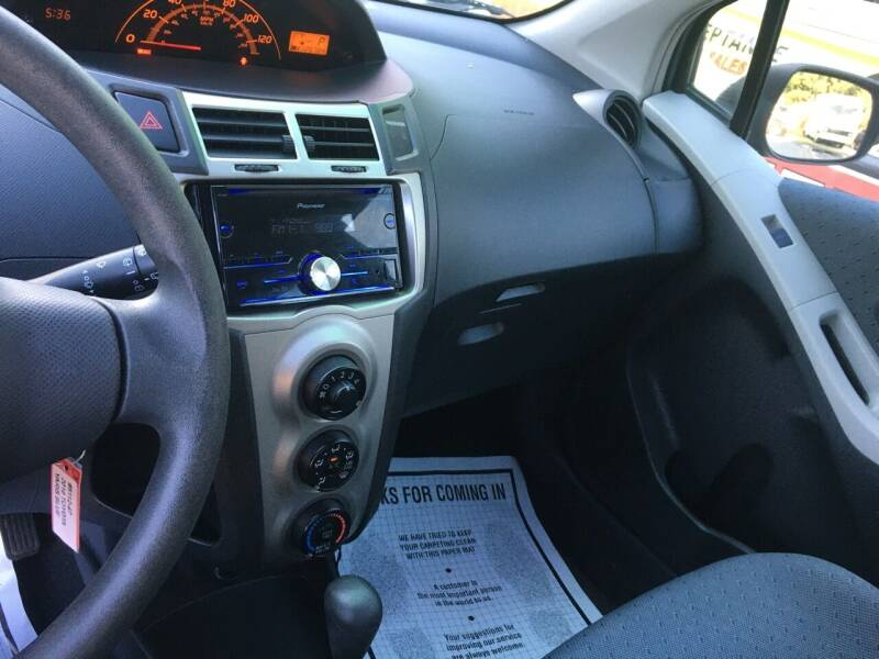 2010 Toyota Yaris 4dr Hatchback 4A - Douglasville GA