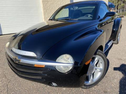 2004 Chevrolet SSR for sale at Route 65 Sales & Classics LLC in Ham Lake MN