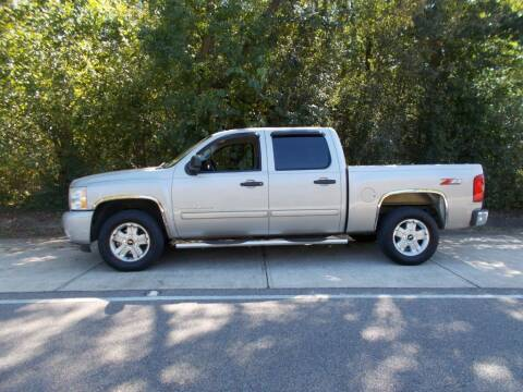 2009 Chevrolet Silverado 1500 for sale at A & P Automotive in Montgomery AL