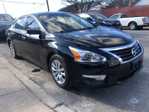 2013 Nissan Altima for sale at Deleon Mich Auto Sales in Yonkers NY