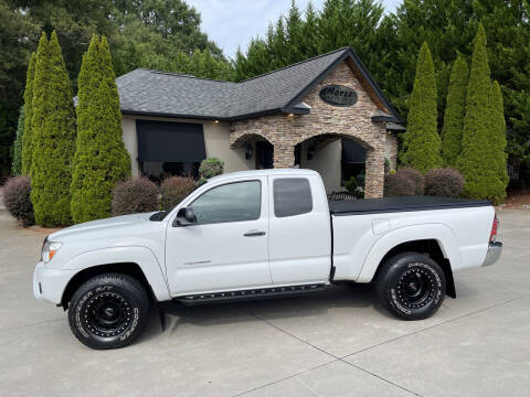 2014 Toyota Tacoma for sale at Hoyle Auto Sales in Taylorsville NC