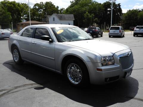 2007 Chrysler 300 for sale at Grant Park Auto Sales in Rockford IL