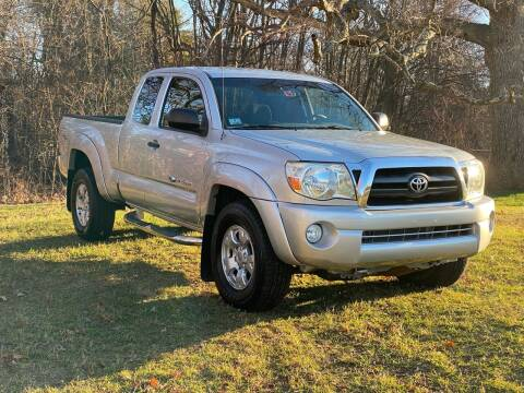 2006 Toyota Tacoma for sale at Choice Motor Car in Plainville CT