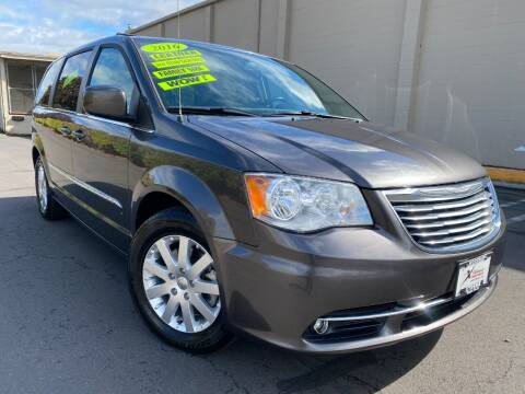 2016 Chrysler Town and Country for sale at Xtreme Truck Sales in Woodburn OR