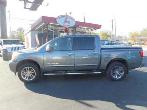 2013 Nissan Titan for sale at The Carriage Company in Lancaster OH