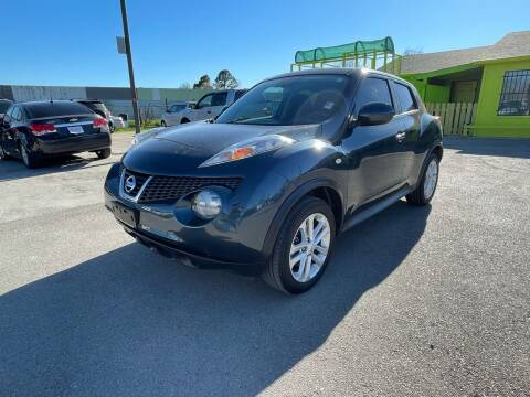 2014 Nissan JUKE for sale at RODRIGUEZ MOTORS CO. in Houston TX