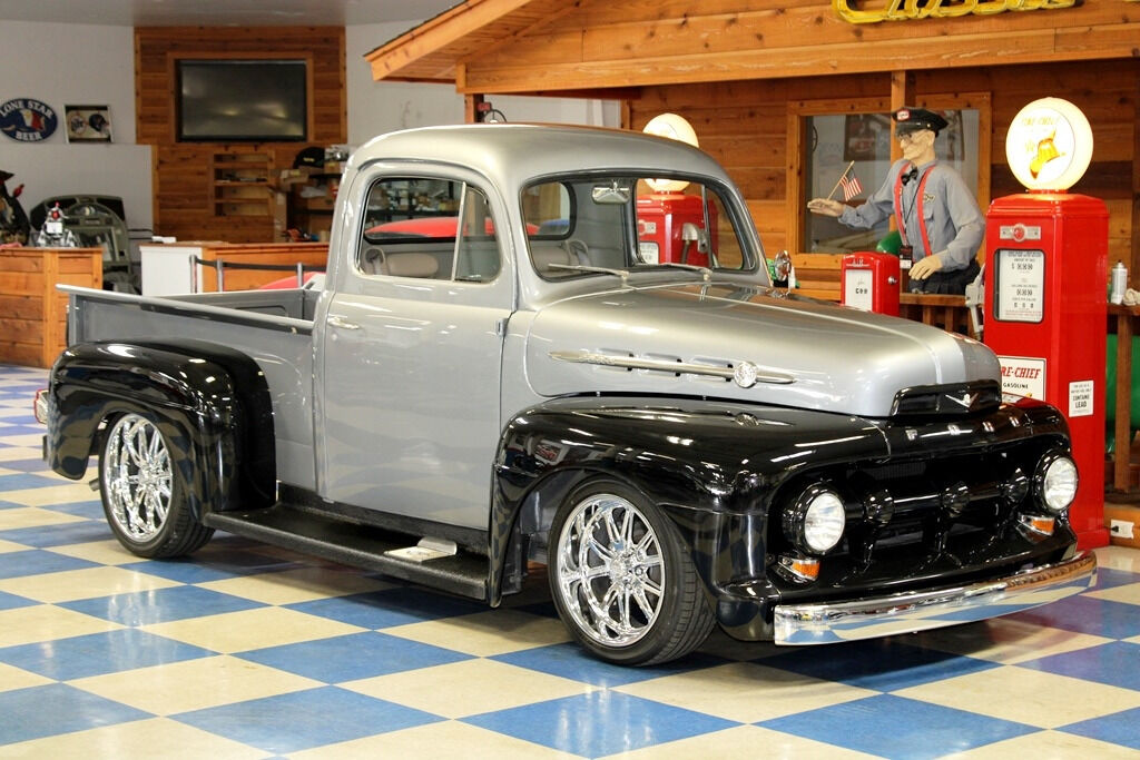 1951 Ford F-100 8