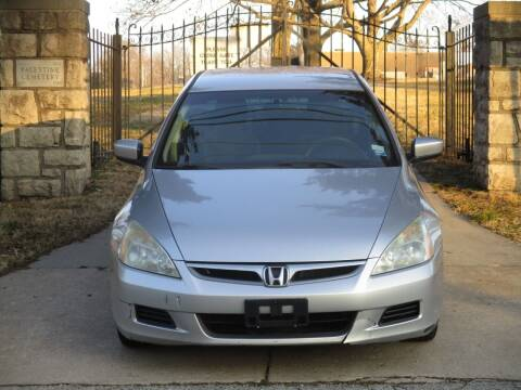 2006 Honda Accord for sale at Blue Ridge Auto Outlet in Kansas City MO