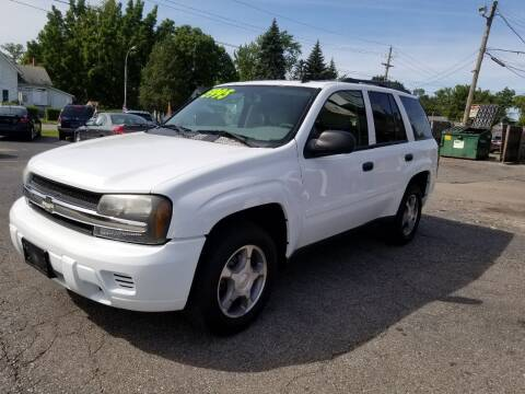 2007 Chevrolet TrailBlazer for sale at DALE'S AUTO INC in Mt Clemens MI