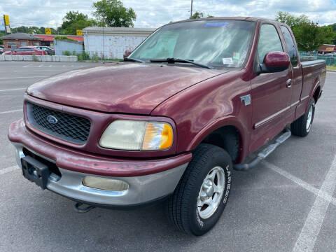 1998 Ford F-150 for sale at Diana Rico LLC in Dalton GA