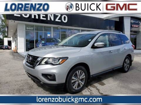 2020 Nissan Pathfinder for sale at Lorenzo Buick GMC in Miami FL