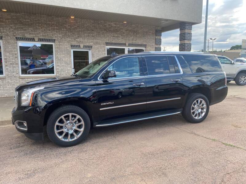 2017 GMC Yukon XL for sale at Willrodt Ford Inc. in Chamberlain SD