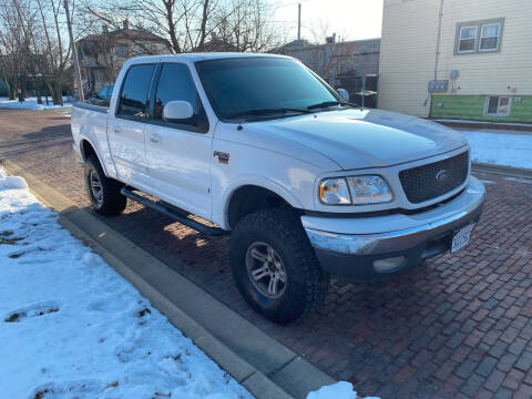 2001 Ford F-150 for sale at RIVER AUTO SALES CORP in Maywood IL