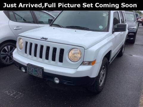 2016 Jeep Patriot for sale at Royal Moore Custom Finance in Hillsboro OR
