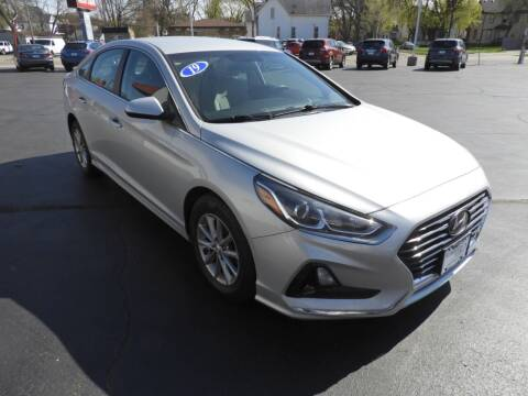 2019 Hyundai Sonata for sale at Grant Park Auto Sales in Rockford IL