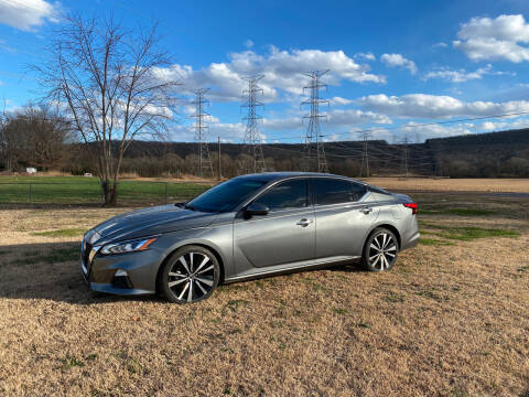 2019 Nissan Altima for sale at Tennessee Valley Wholesale Autos LLC in Huntsville AL