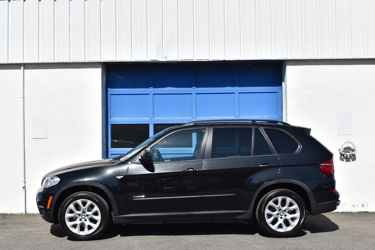 2012 BMW X5 xDrive35i Premium AWD 4dr SUV full