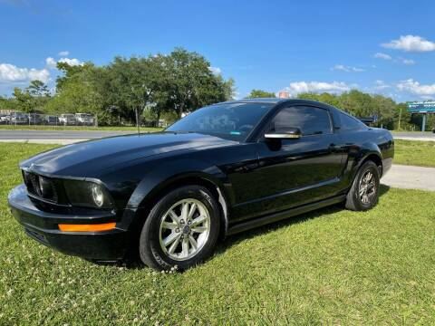 2006 Ford Mustang for sale at IMAGINE CARS and MOTORCYCLES in Orlando FL