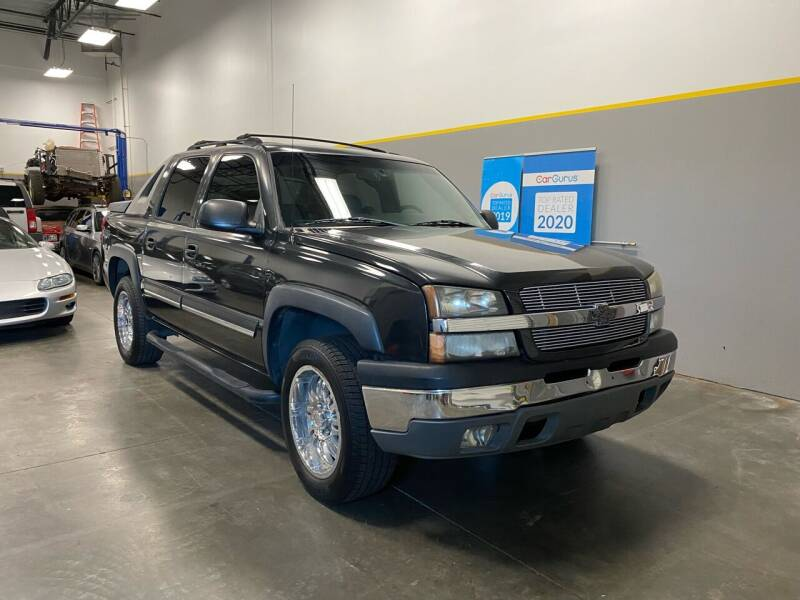 2004 Chevrolet Avalanche for sale at Loudoun Motors in Sterling VA