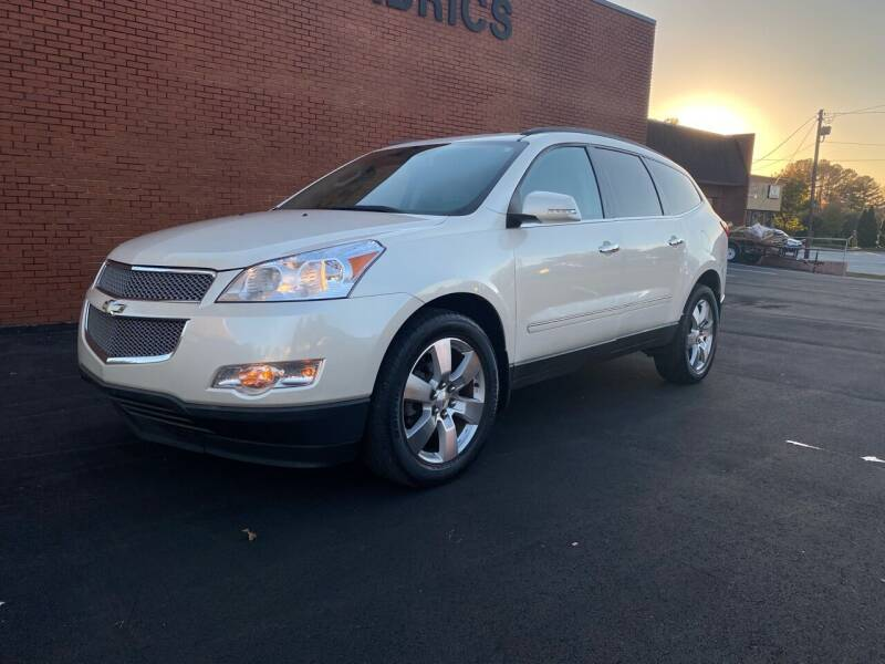 2011 Chevrolet Traverse for sale at GTO United Auto Sales LLC in Lawrenceville GA
