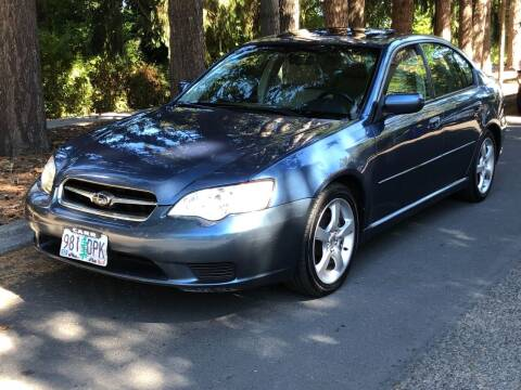2007 Subaru Legacy for sale at CLEAR CHOICE AUTOMOTIVE in Milwaukie OR