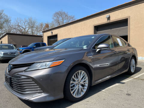 2018 Toyota Camry Hybrid for sale at Vantage Auto Wholesale in Lodi NJ