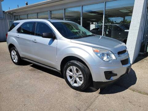 2011 Chevrolet Equinox for sale at Lakeshore Auto Wholesalers in Amherst OH