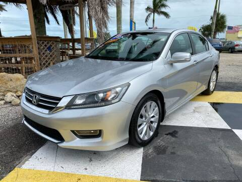 2013 Honda Accord for sale at D&S Auto Sales, Inc in Melbourne FL