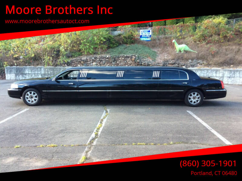 2011 Lincoln Town Car for sale at Moore Brothers Inc in Portland CT