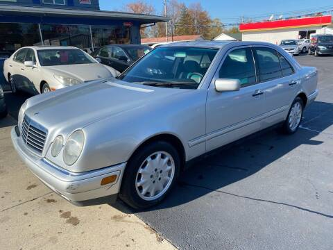 1999 Mercedes-Benz E-Class for sale at Wise Investments Auto Sales in Sellersburg IN