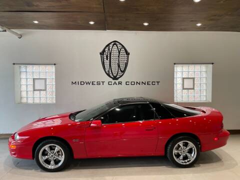 2002 Chevrolet Camaro for sale at Midwest Car Connect in Villa Park IL