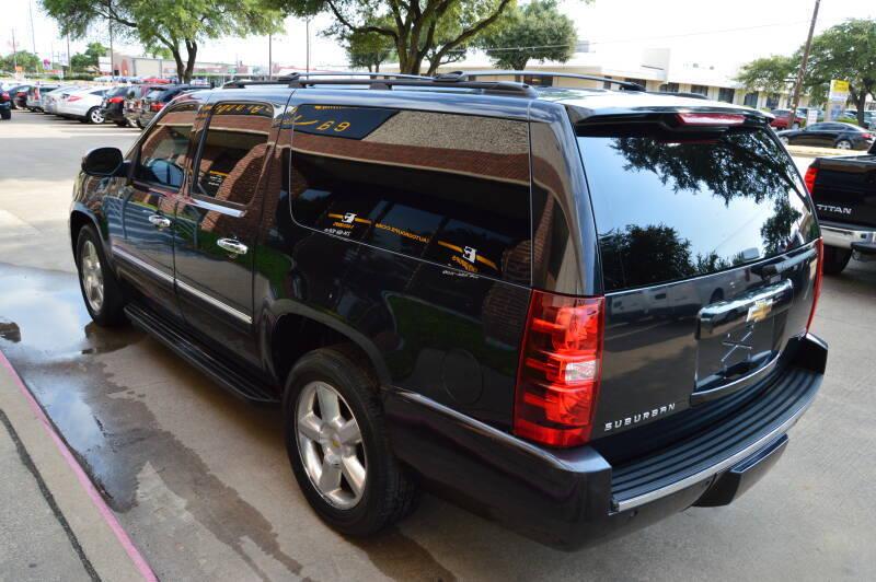 2011 Chevrolet Suburban 4x2 LTZ 1500 4dr SUV - Dallas TX