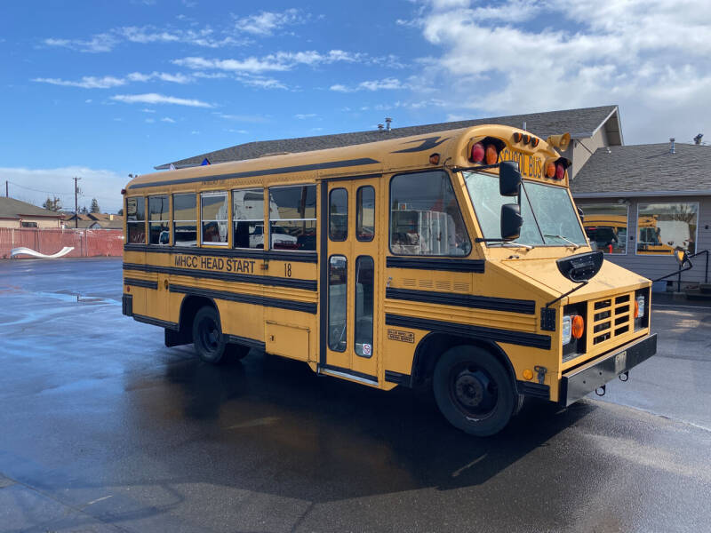 2001 GMC Bus 33 passenger for sale at Dorn Brothers Truck and Auto Sales in Salem OR