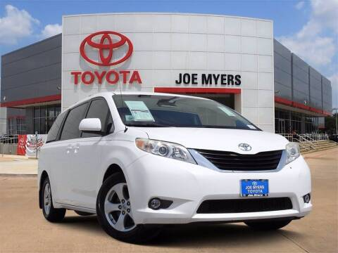 2013 Toyota Sienna for sale at Joe Myers Toyota PreOwned in Houston TX