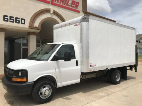 2011 Chevrolet Express Cutaway for sale at TRUCK N TRAILER in Oklahoma City OK