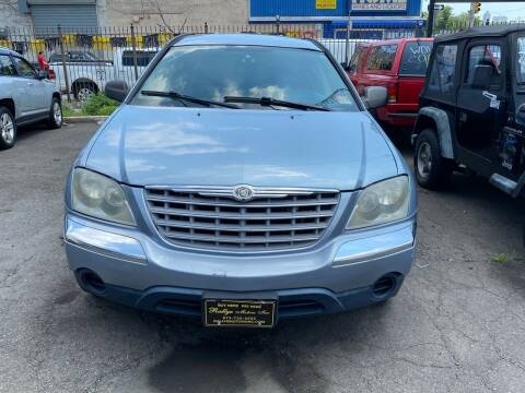 2005 Chrysler Pacifica for sale at Rallye  Motors inc. in Newark NJ