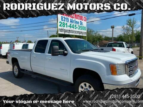 2013 GMC Sierra 3500HD for sale at RODRIGUEZ MOTORS CO. in Houston TX