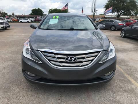 2013 Hyundai Sonata for sale at SOUTHWAY MOTORS in Houston TX