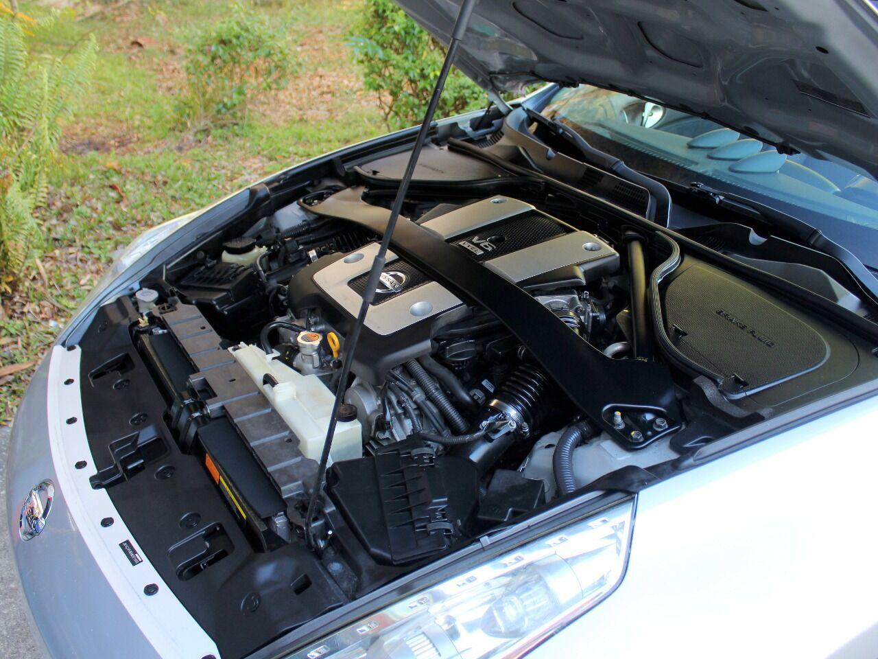 2010 Nissan 370Z 22