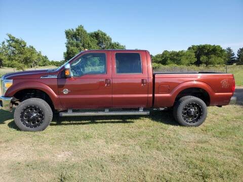 2015 Ford F-250 Super Duty for sale at TNT Auto in Coldwater KS