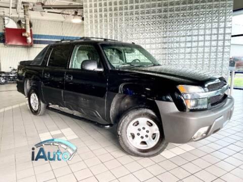 2005 Chevrolet Avalanche for sale at iAuto in Cincinnati OH