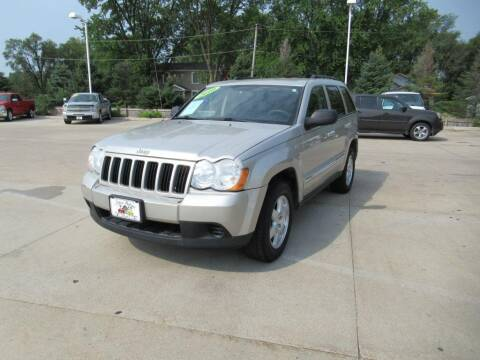 2010 Jeep Grand Cherokee for sale at Aztec Motors in Des Moines IA