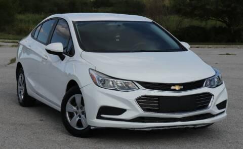 2018 Chevrolet Cruze for sale at Big O Auto LLC in Omaha NE