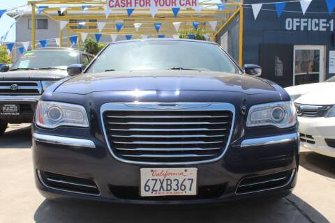 2013 Chrysler 300 for sale at FJ Auto Sales in North Hollywood CA