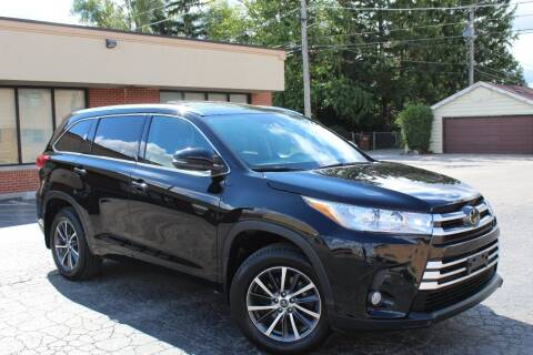 2017 Toyota Highlander for sale at JZ Auto Sales in Summit IL