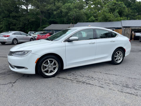 2015 Chrysler 200 for sale at Adairsville Auto Mart in Plainville GA