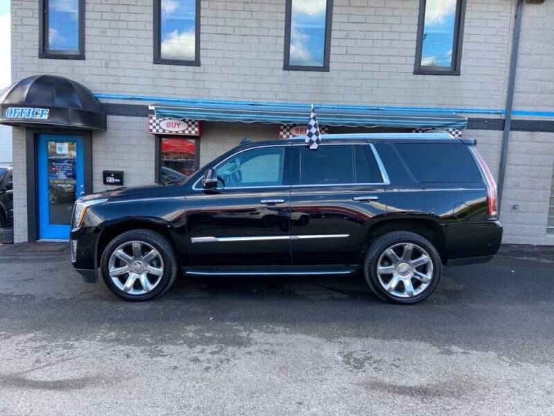2017 Cadillac Escalade for sale at Sisson Pre-Owned in Uniontown PA