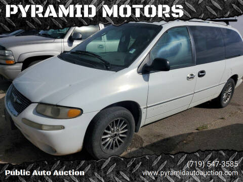 2000 Chrysler Town and Country for sale at PYRAMID MOTORS - Pueblo Lot in Pueblo CO
