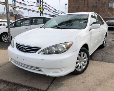 2005 Toyota Camry for sale at Jeff Auto Sales INC in Chicago IL