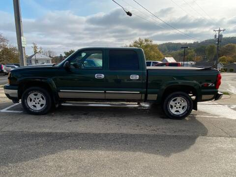 2006 Chevrolet Silverado 1500 for sale at Elizabeth Garage Inc in Elizabeth IL